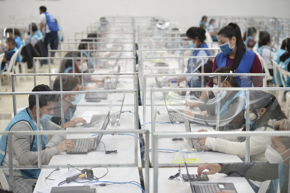 000 92h9gb - ELEIÇÕES: Equador anuncia que irá fazer a recontagem votos para definir 2º turno