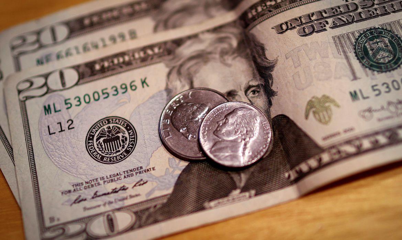2020 09 28t121101z 1 lynxmpeg8r165 rtroptp 4 dolar abre - Dólar cai para R$ 5,37 e encerra semana com leve queda