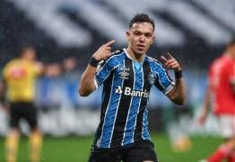 Grêmio anuncia venda de Pepê para o Porto por R$ 98 milhões