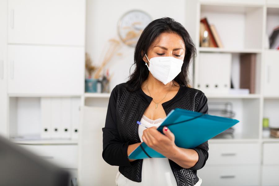 FOTO 4 - Assistentes sociais também desempenham papel importante na pandemia; confira