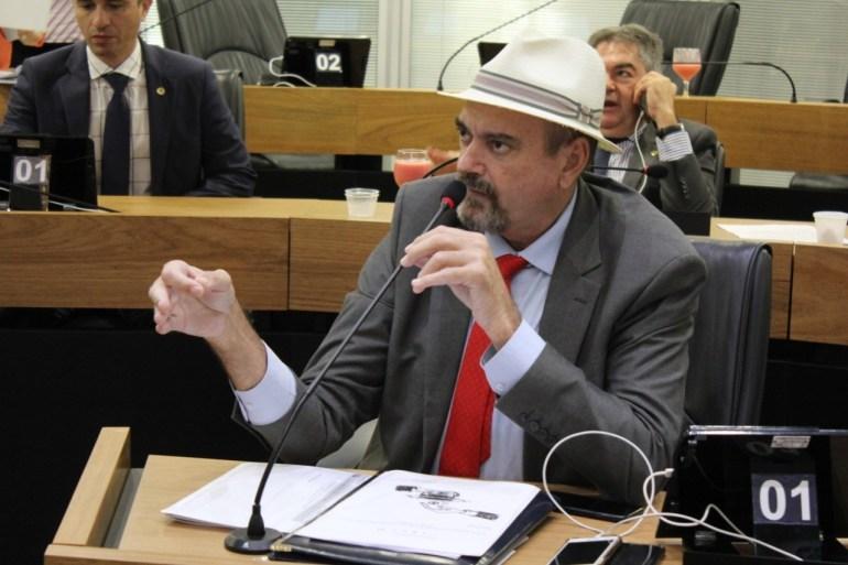 Jeová Campos - Jeová insiste na continuidade do auxílio emergencial a trabalhadores