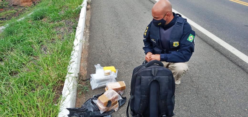 WhatsApp Image 2021 02 12 at 14.56.58 - R$ 90 MIL EM DROGAS: PRF apreende 10kg de crack com adolescente no sertão paraibano