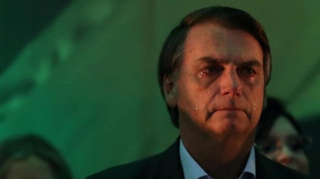 bolsonarochorando 1 - PESQUISA: Avaliação positiva do governo Bolsonaro cai de 41% em outubro para 33% em fevereiro