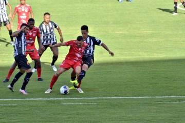 botafogo 4 de julho - Botafogo-PB não balança as redes e empata contra o 4 de Julho-PI na estreia da Copa do Nordeste 2021