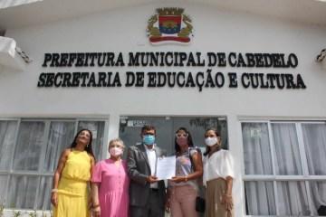 Prefeitura de Cabedelo empossa 105 professores aprovados em concurso público; aulas começam em março