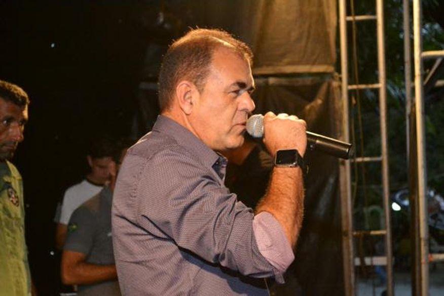 celecileno alves e o novo prefeito de monteiro - Vice-prefeito de Monteiro, Celecileno Alves, é alvo de tentativa de homicídio