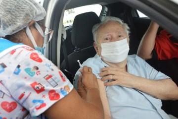 Vacinação para idosos com 79 anos ou mais começa nesta segunda (08), em João Pessoa