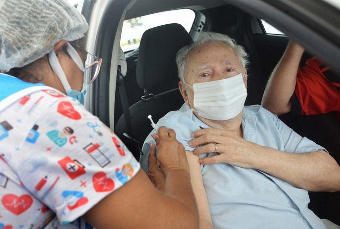 csm VACINACAO IDOSOS paraiba FOTO KLEIDE TEIXEIRA 07 scaled fd183fb008 - Confira quem pode ser vacinado contra Covid-19, em João Pessoa