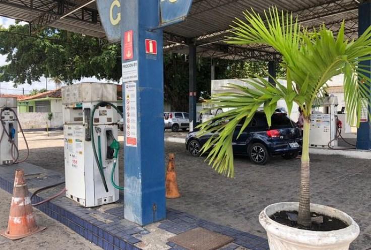csm WhatsApp Image 2021 02 08 at 12.05.01 a5fc7a110c - Bandidos rendem funcionários e levam R$ 300 mil de posto de gasolina na Grande João Pessoa