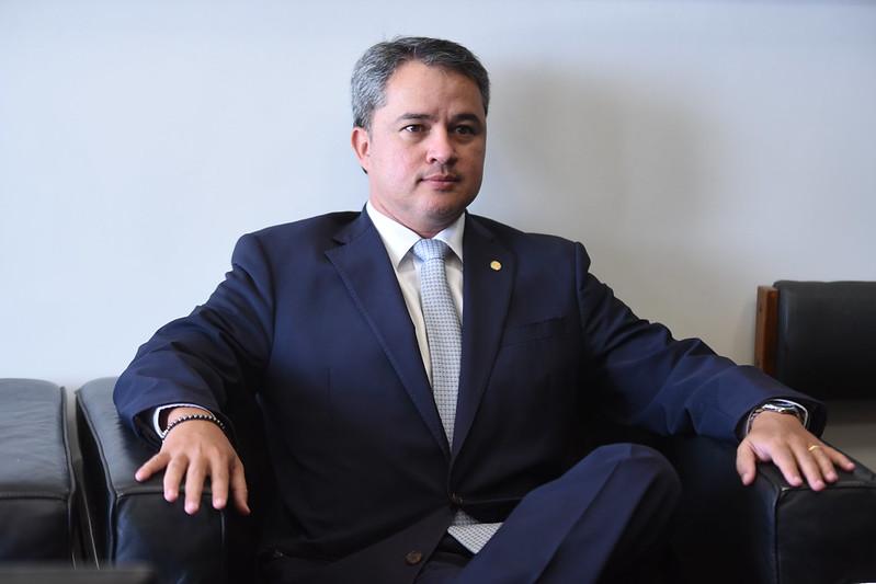 efraim filho - CRÉDITO AO EMPREENDEDOR: Efraim Filho apresenta emendas que reduzem burocracia para setor produtivo