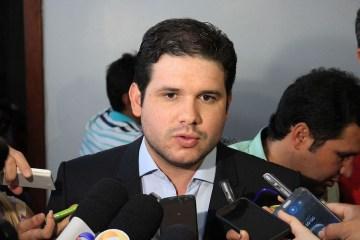 Hugo Motta comenta principais demandas solicitadas à bancada paraibana em reunião em Brasília