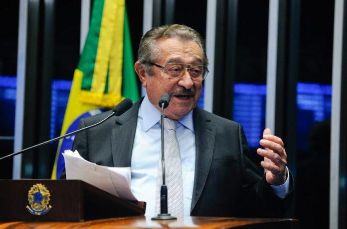 jose maranhão maranhão 696x461 1 - Sem previsão de alta, quadro do senador José Maranhão segue estável