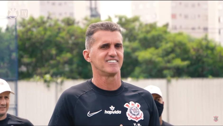 mancinibastidores 1024x578 1 - DOIS MESES SEM SALÁRIOS: Corinthians aposta em novo fundo para pagar pendências