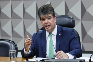 """ruycarneiro - """"Isso é um absurdo!"""", diz Ruy Carneiro criticando portaria que aumenta salário de servidores federais em até quase 70%"""