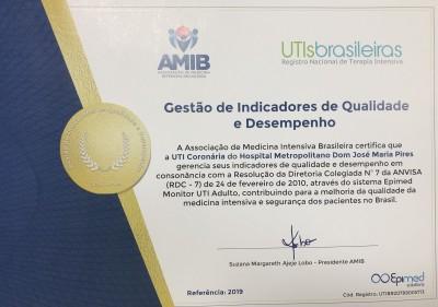 selo qualidade metropolitano 2 1 400x281 1 - Hospital Metropolitano recebe Selo de Gestão de Indicadores de Qualidade e Desempenho
