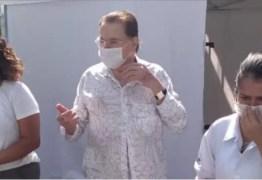 SILVIO SANTOS VEM AÍ: Dono do SBT é vacinado contra a Covid-19