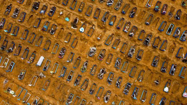 112476609 manaus1 - Em um dia, Brasil supera o número de mortes das maiores tragédias ocorridas no país, perdemos o amor pela humanidade ? - Por Suedna Lima