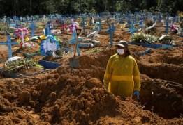 AGRAVAMENTO DA PANDEMIA: Brasil registra 1.726 mortes em 24 horas e bate novo recorde; total chega a 257,5 mil