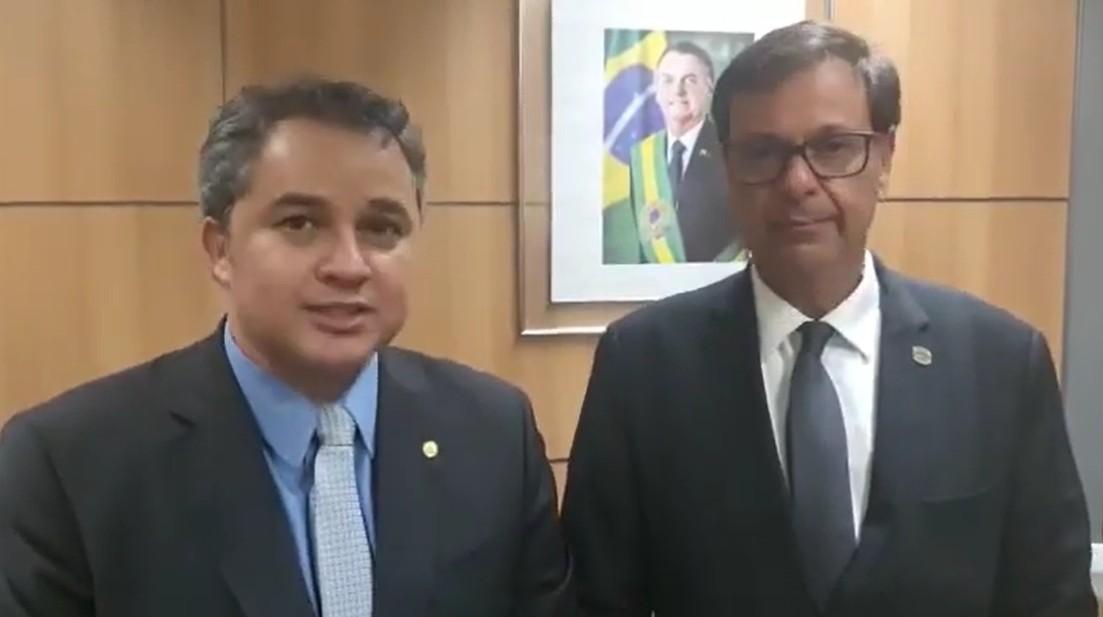 Ministro destaca empenho de Efraim Filho na promoção do turismo e promete investimento no Sertão da Paraíba