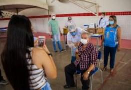 PMJP vacinou 11,6 mil idosos em ginásios e postos móveis na semana