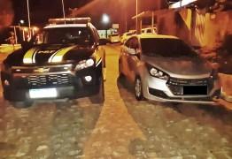 PRF na Paraíba recupera veículo roubado após troca de tiros