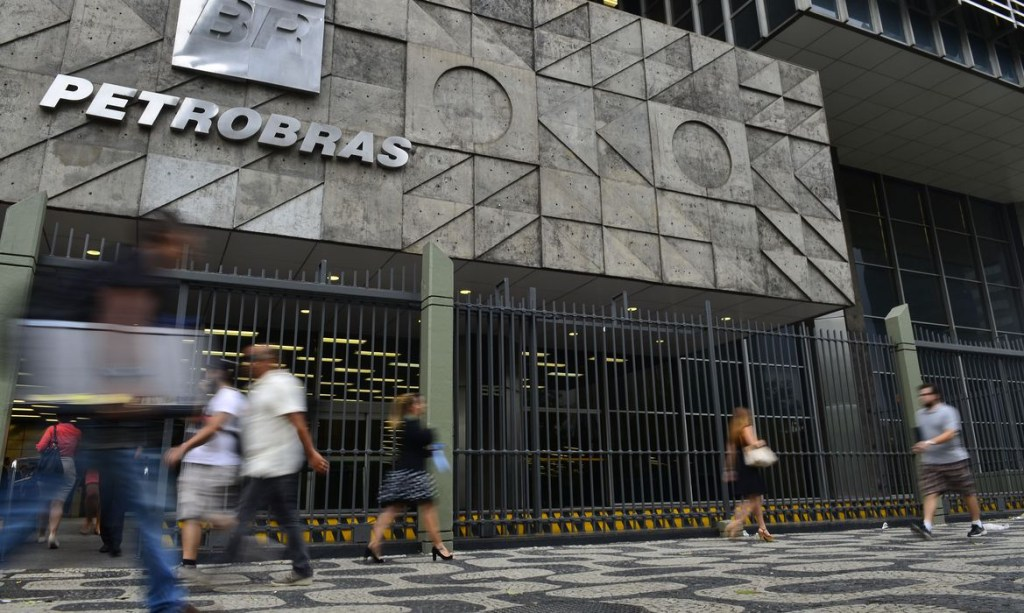 abr5101 1024x613 - Governo indica seis nomes para Conselho da Petrobras