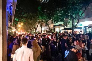 aglomerações 300x200 - Governo de Pernambuco endurece medidas e afirma que vai prender todas as pessoas flagradas em festas com aglomeração