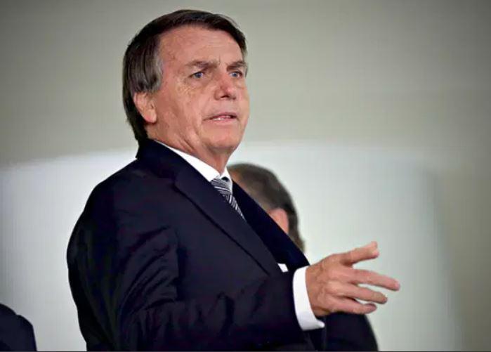 bolso - Auxiliares lutam para evitar que Bolsonaro agrave crise com pronunciamento