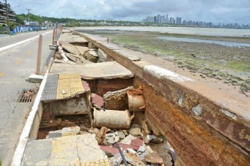 Prefeitura de João Pessoa inicia processo de reconstrução da calçadinha do Cabo Branco