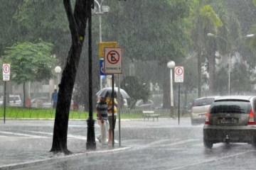 chuvas jp 2 - ACUMULADO DE CHUVAS: Inmet renova alerta de perigo potencial para João Pessoa e mais cinco cidades - CONFIRA