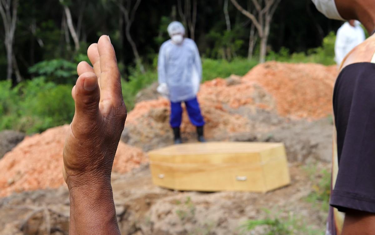 covidmorte  PauloDesana Dabakuri Amazônia Real - COVID: Brasil volta a ter 2ª feira mais mortal da pandemia
