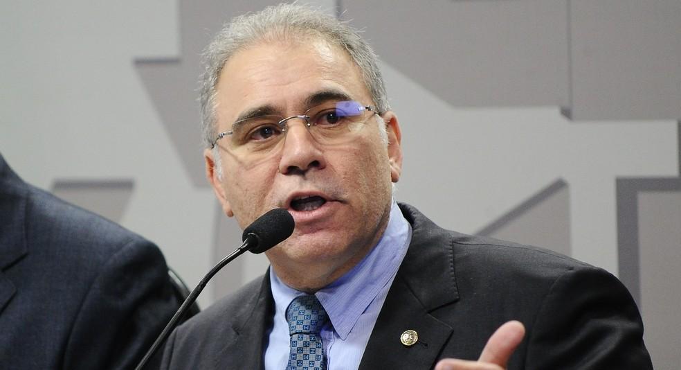 marceloqueiroga - Marcelo Queiroga chega ao Ministério para reunião com Pazuello; ministro chamou a atenção por conta da aglomeração