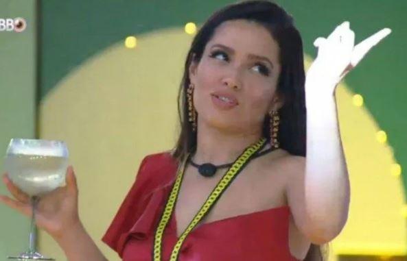 69 - 'É safadeza?', pergunta Juliette ao escutar música 'Watermelon Sugar'