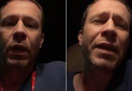 """Tiago Leifert perde a paciência ao ser acusado de privilegiar brother: """"Absurdo"""""""