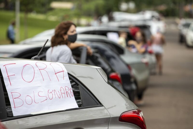 Carreata contra Bolsonaro em Londrina tambem pede 0305544600202101231310 sm - EM JP: Movimentos políticos e sociais convocam a população para carreata em protesto contra Bolsonaro