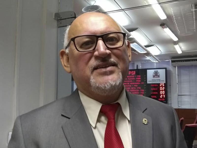 Marcos Henriques - OS CAFUÇUS DA CÂMARA: conheça os vereadores que dão show no trabalho e chamam atenção com seus estilos