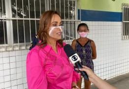 Ana Cláudia critica gestão de 'promessas não cumpridas' e falta de concursos em Campina