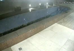 Câmeras de segurança flagram momento em que piscina de condomínio de luxo desaba – ASSISTA