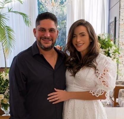 jorge - Sertanejo Jorge, da dupla com Mateus, se casa com ex-mulher do seu ex-cunhado, que alfineta:  'O GOLPE ESTÁ AÍ'