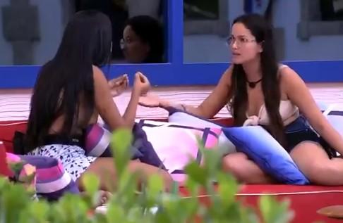juliette e pocah - Juliette e Pocah discutem novamente e paraibana responde: 'Grita mais, está lindo!' - VEJA VÍDEO