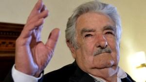 mujica 300x169 - Ex-presidente do Uruguai, José Mujica é internado com urgência
