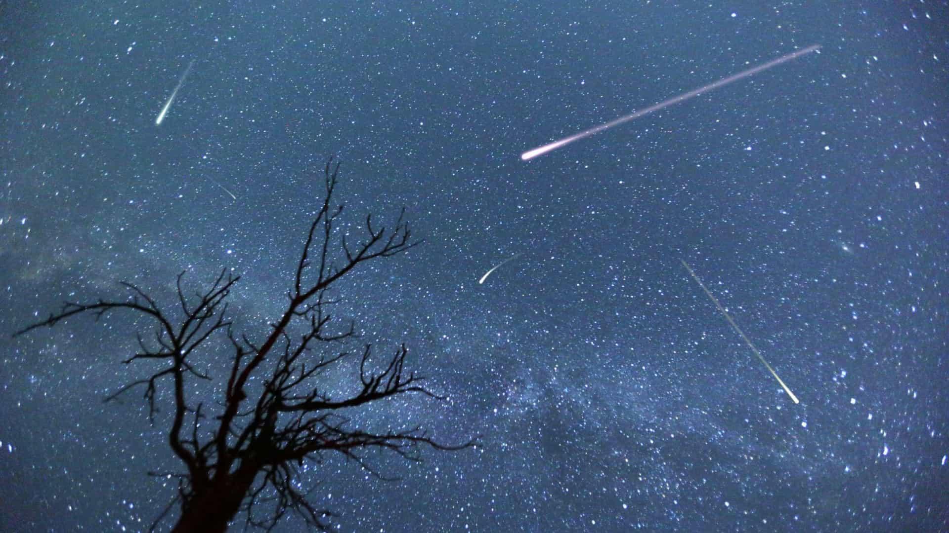 naom 5eafcc2dbfb18 - Final de abril terá uma chuva de meteoros e uma Super Lua