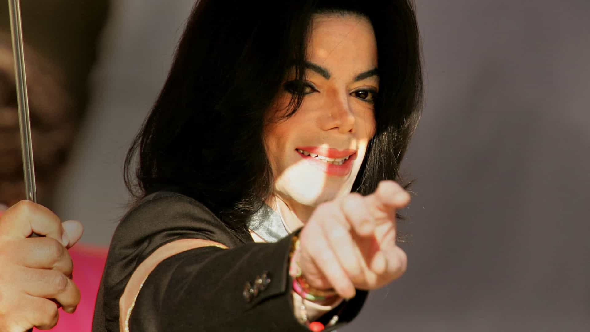 naom 5efe00c39d0ee - Processo de abuso sexual contra Michael Jackson é arquivado em Los Angeles