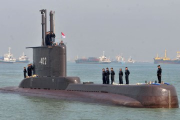 submarino - Submarino desaparecido em Bali com 53 pessoas a bordo pode ter se partido em pedaços, diz comandante