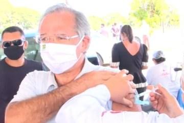 """0asry1q7ge9dbdfxqdtns9e8r - JUNHO DE 2020: Guedes poderia ter negociado vacinas, mas disse """"não ser o responsável"""""""