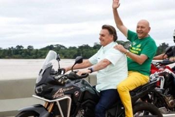 0zi11ouxez9pzci6xdcolrnol - Bolsonaro comete duas infrações gravíssimas em passeio de motocicleta