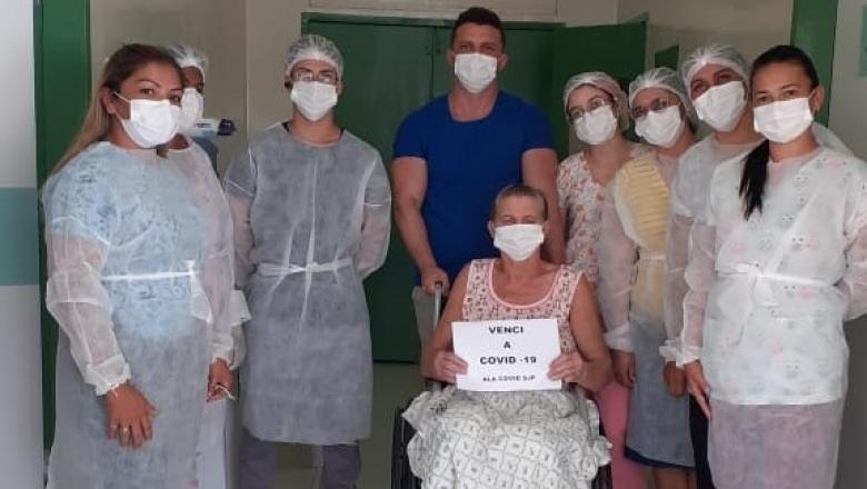 33302da37cfe0ce6b34db0988c1da9aa 780x440 - VENCEU A COVID: paciente de 61 anos comemora alta médica e agradece tratamento no Hospital Municipal de São José de Piranhas