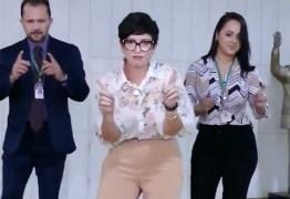 Deputada faz vídeo com dancinha na Câmara e justifica: Não tinha ninguém lá; VEJA VÍDEO