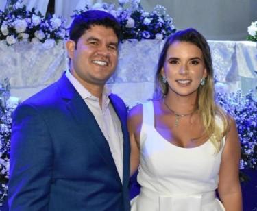 Anna Virginia e Maycon Barreiro Juazeirinho - É O AMOR! Prefeitos paraibanos esbanjam amor pelas esposas, conheça os casais considerados mais bonitos