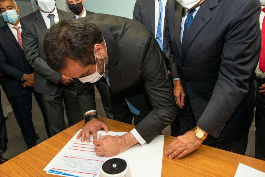 Capturar.JPGbgv - Cláudio Castro se filia ao PL em cerimônia com a presença de Bolsonaro, em Brasília